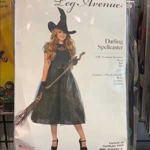 Darling spellcaster